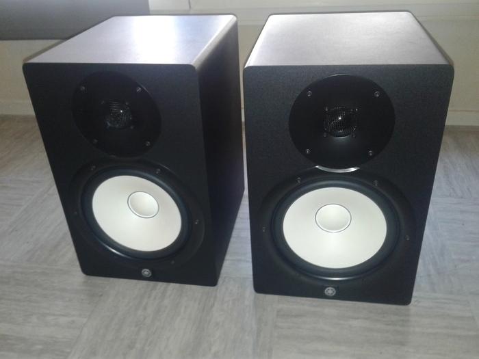Yamaha hs8 image 1764817 audiofanzine for Yamaha hs8 price