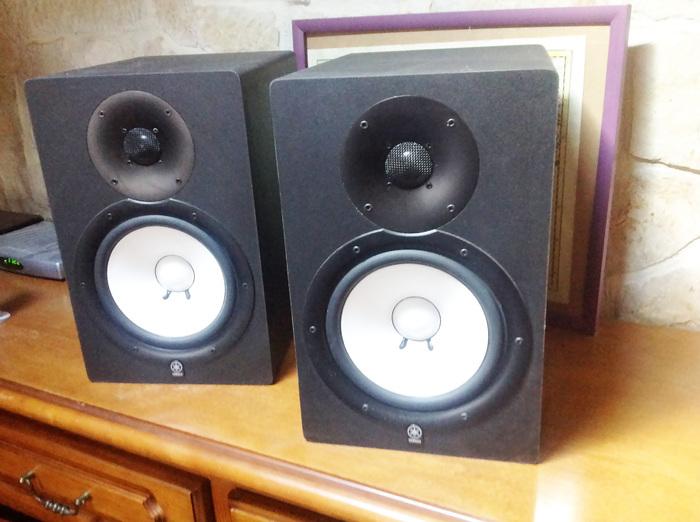 photo yamaha hs80m hs80 1515265 audiofanzine. Black Bedroom Furniture Sets. Home Design Ideas