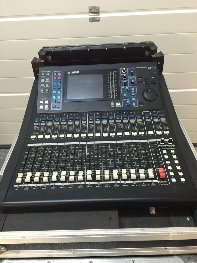 Table de mixage yamaha ls9 16 provence alpes c te d 39 azur - Table de mixage numerique yamaha ...