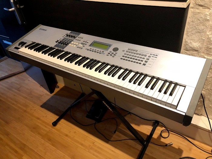 Yamaha MOTIF ES8 (6549)