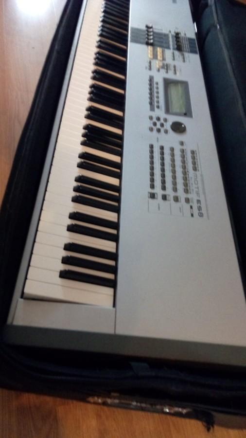 Yamaha MOTIF ES8 (86319)