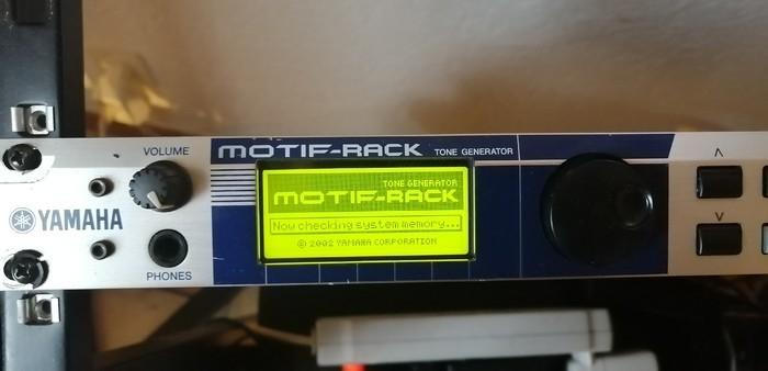 Yamaha Motif-Rack