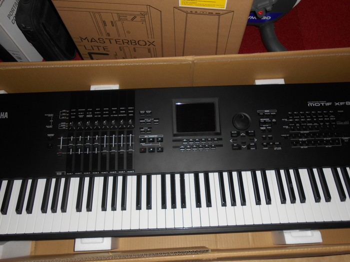 Yamaha MOTIF XF8 (86693)