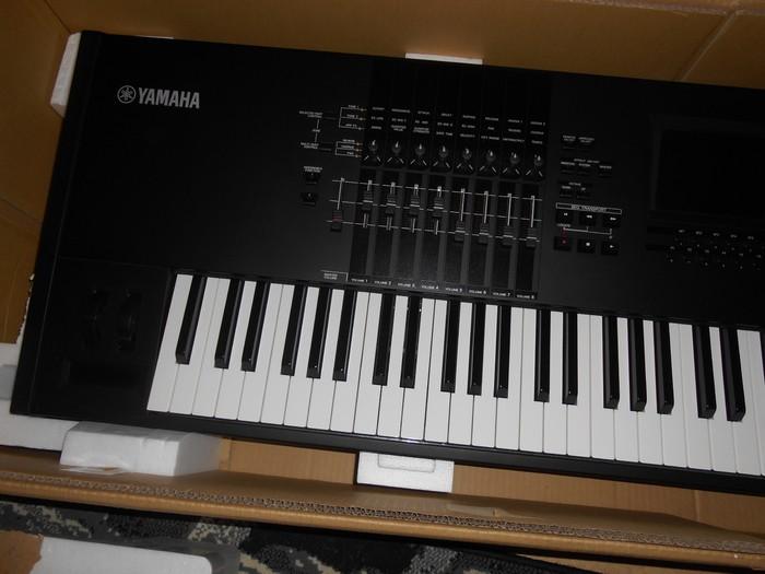 Yamaha MOTIF XF8 (18218)