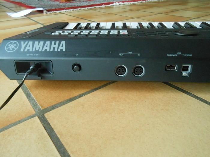 Yamaha MX49 (19573)