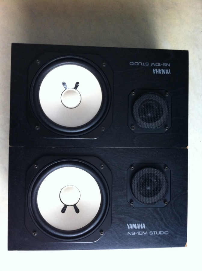 yamaha ns 10m studio image 347496 audiofanzine. Black Bedroom Furniture Sets. Home Design Ideas