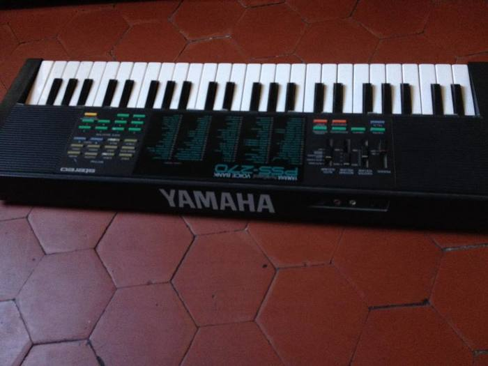 Yamaha PSS-270 (86514)