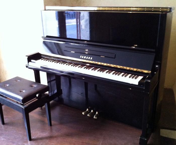 Photo yamaha u3 yamaha piano japon 949113 audiofanzine for Yamaha m1 piano