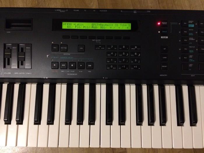 Yamaha V50 (95528)