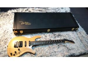 Parker Guitars DF524 Korina