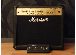 Marshall Marshall AVT 100w valvestate 2000