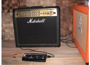 Marshall AVT100 (2039)