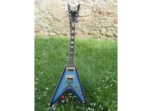 Dean Guitars V 79