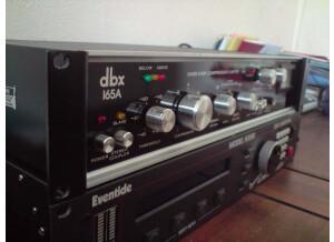 dbx 165 A (8768)