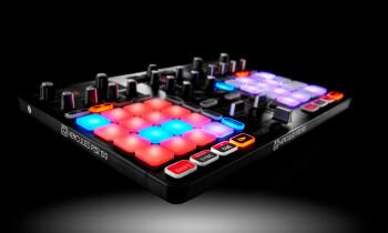 Hercules P32 DJ 3