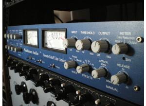 Pendulum Audio ES-8 (76983)