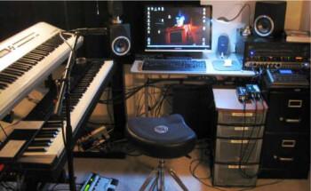 my basic home recording studio 550