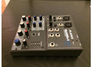 Alesis MultiMix 4 USB (48468)