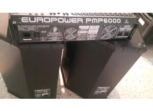 Behringer Eurolive B1520 PRO (36957)