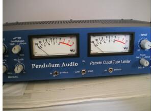 Pendulum Audio ES-8 (70838)