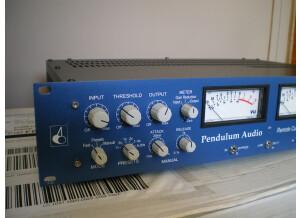 Pendulum Audio ES-8 (18784)
