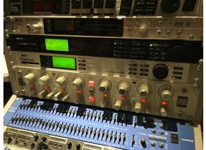 Korg MR-2000S