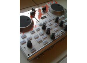 Hercules DJ Console Mk4 (129)