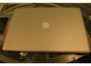 Apple Macbook Pro 17 Unibody (37053)