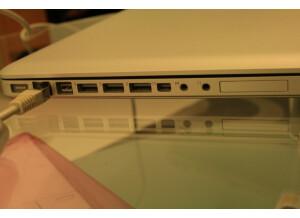 Apple Macbook Pro 17 Unibody (86122)