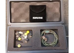 Shure E5