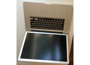 Apple MacBook Pro 17' 2.66 GHz Intel Core i7
