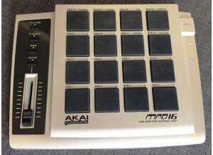 Akai Professional MPD16