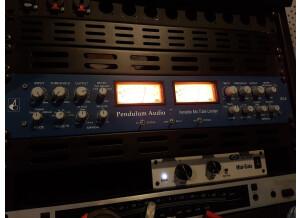 Pendulum Audio ES-8 (87045)