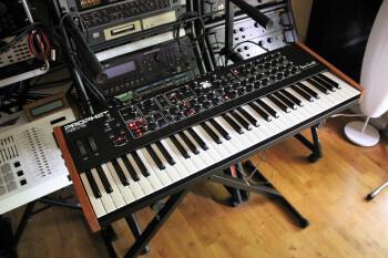 Dave Smith Instruments Prophet Rev2 : Prophet Rev2 2tof 001.JPG