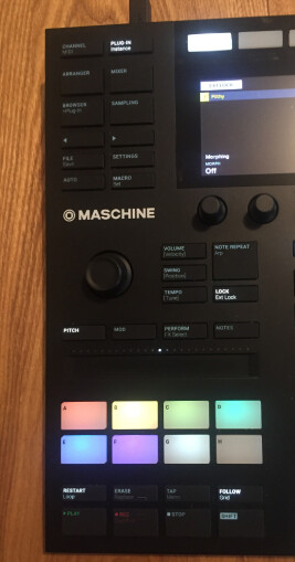 Native Instruments Maschine mk3 : layout maschine studio
