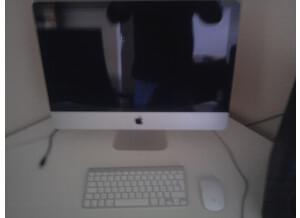"Apple iMac 21.5"" i3 3.O6 Ghz (62485)"