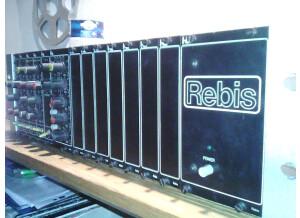 Rebis RA 303