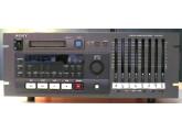 SONY PCM-800 MAGNETO 8 PISTES NUMERIQUE SUR K7 HI8 IDEM COMPATIBLE TASCAM DA88 MAIS XLR IN/OUT