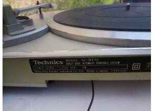 Technics SL-D210