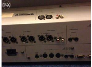 Tascam TM-D8000 (10331)