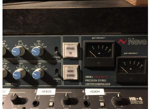 AMS-Neve 33609JD