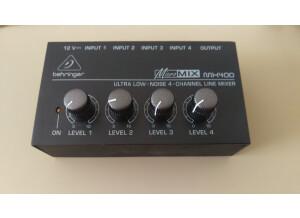 Behringer MICROMIX MX400 (82261)