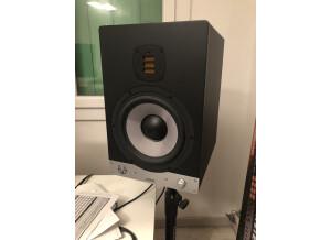 Eve Audio SC208