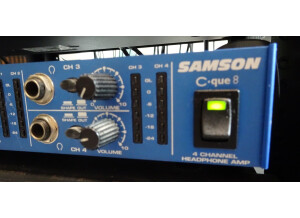 Samson Technologies C-Que 8
