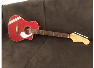 Fender Malibu CE Mustang (32950)