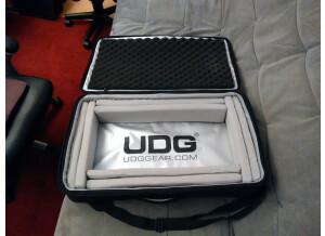 UDG U7102BL