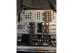 Synthetic Sound Labs Modulation Orgy LFO - Model 2260