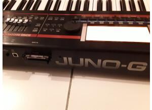 Roland JUNO-G V2
