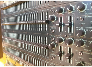 LA Audio EQ231-GSP