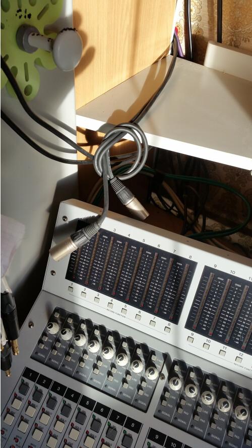 Tascam TM-D8000 (11986)
